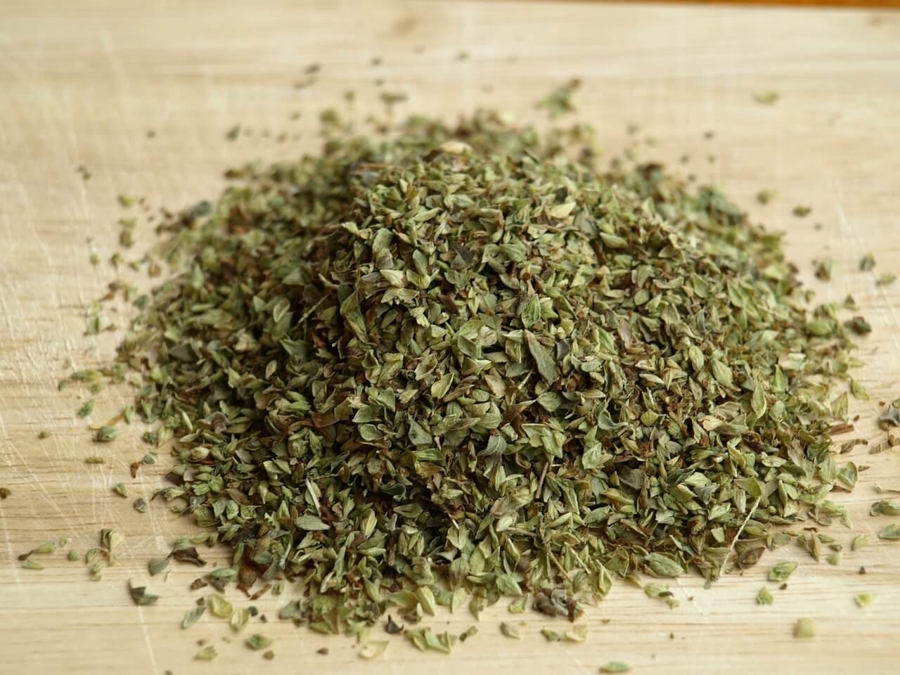 Oreganó (Origanum vulgare)